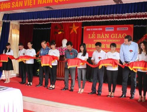 Bàn giao dự án quản lý rác thải tại xã Hoàng Động, Hải Phòng